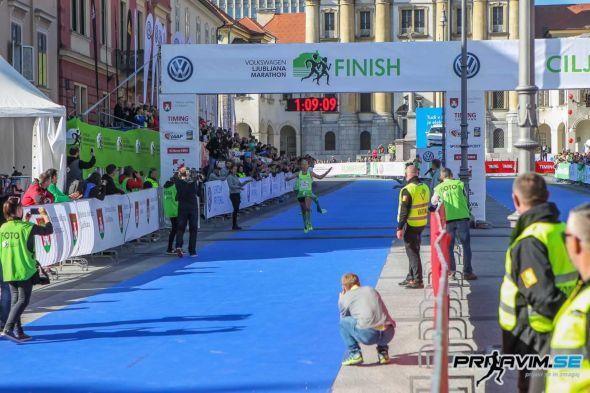 Ljubljanski-maraton-2019-0008.jpg