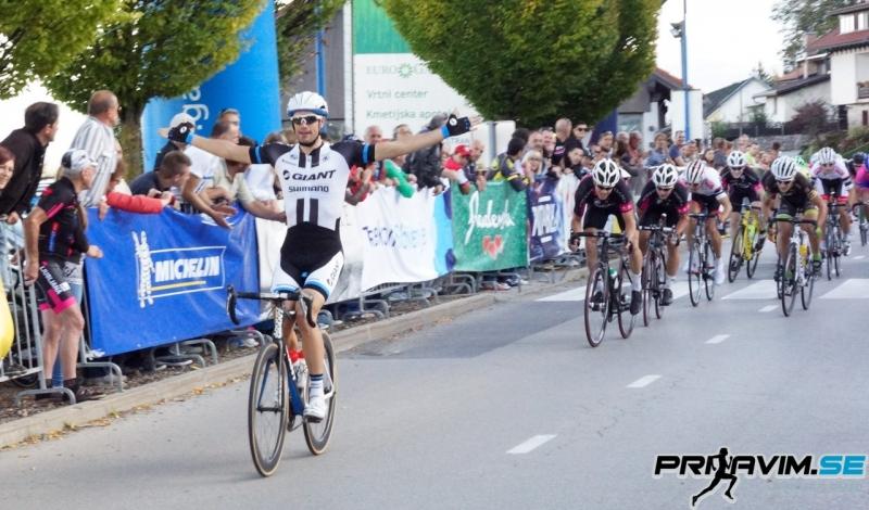 Luka Mezgec dobil sprint na zaključni dirki VN Avtomojster
