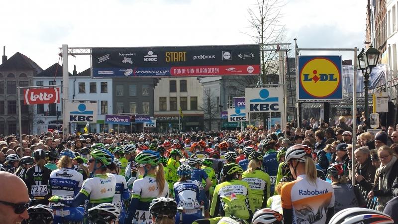 Bajukova do 17. mesta na Ronde Van Vlaanderen