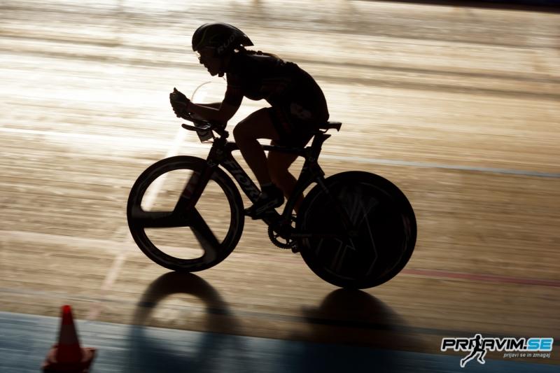 Je sedenje med kolesarjenjem škodljivo?