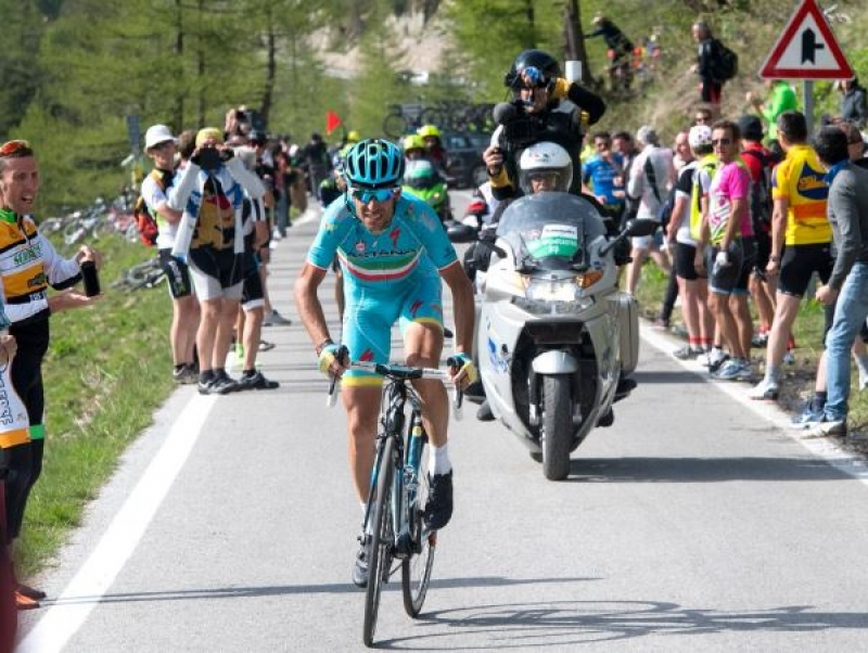 Neverjetna dirka Nibalija, etapna zmaga Taaramaeju