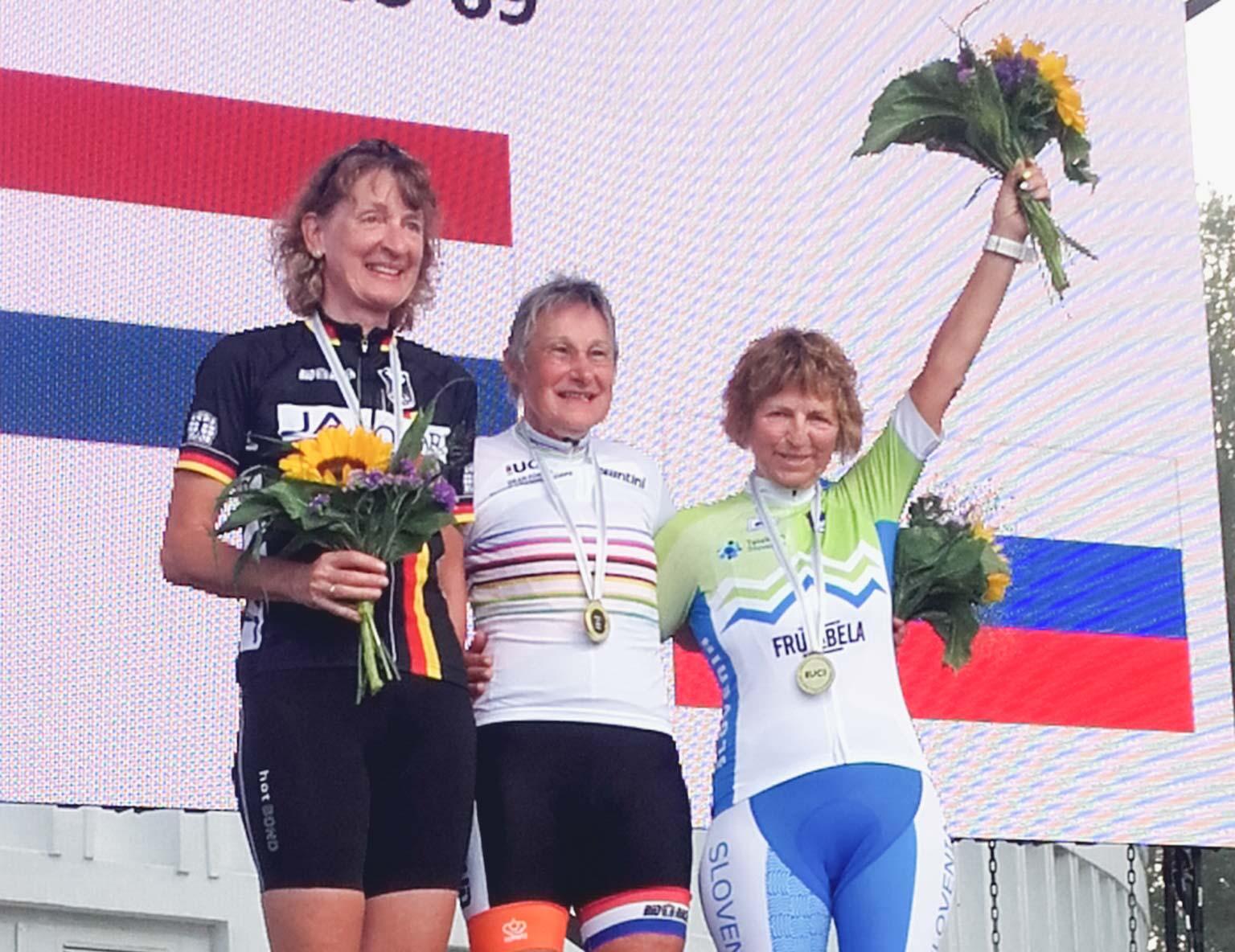 Tina Ušeničnik